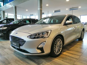 FORD Focus Titanium Business 2018R.